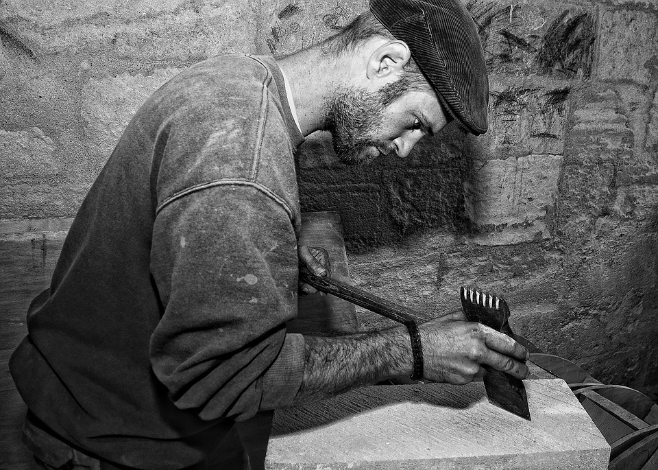 tallar-cortar-taladrar-pegar-pulir-piedra